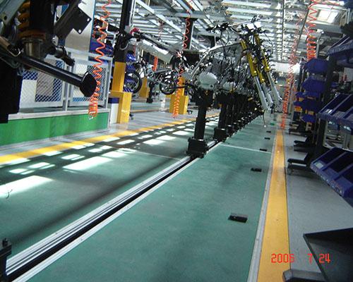 摩托车生产线