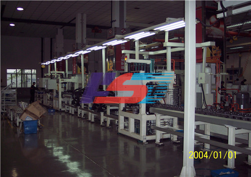 柴油机装配线